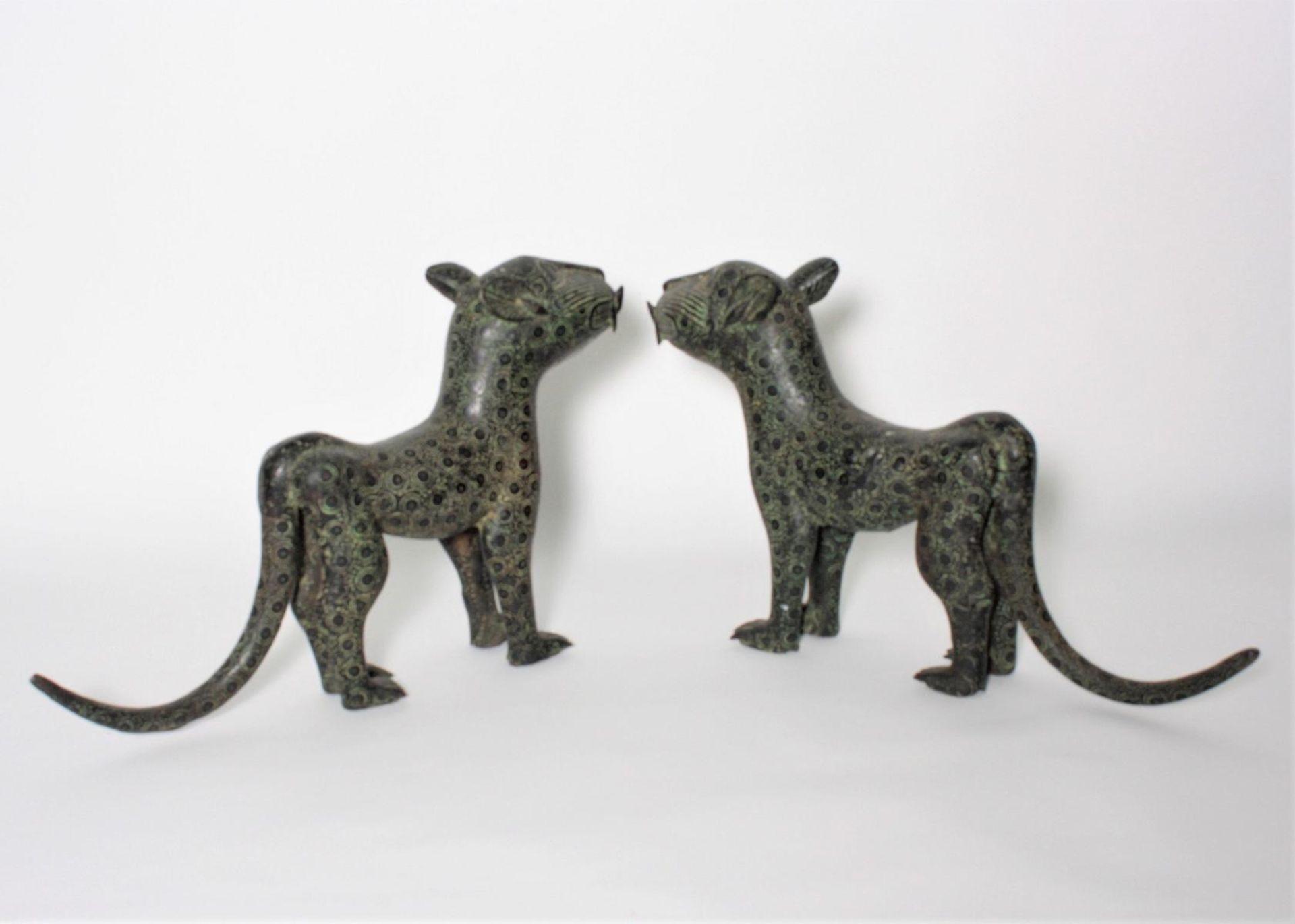 Leoparden Paar, Benin, Nigeria, 1. Hälfte 20. Jh. - Bild 2 aus 3