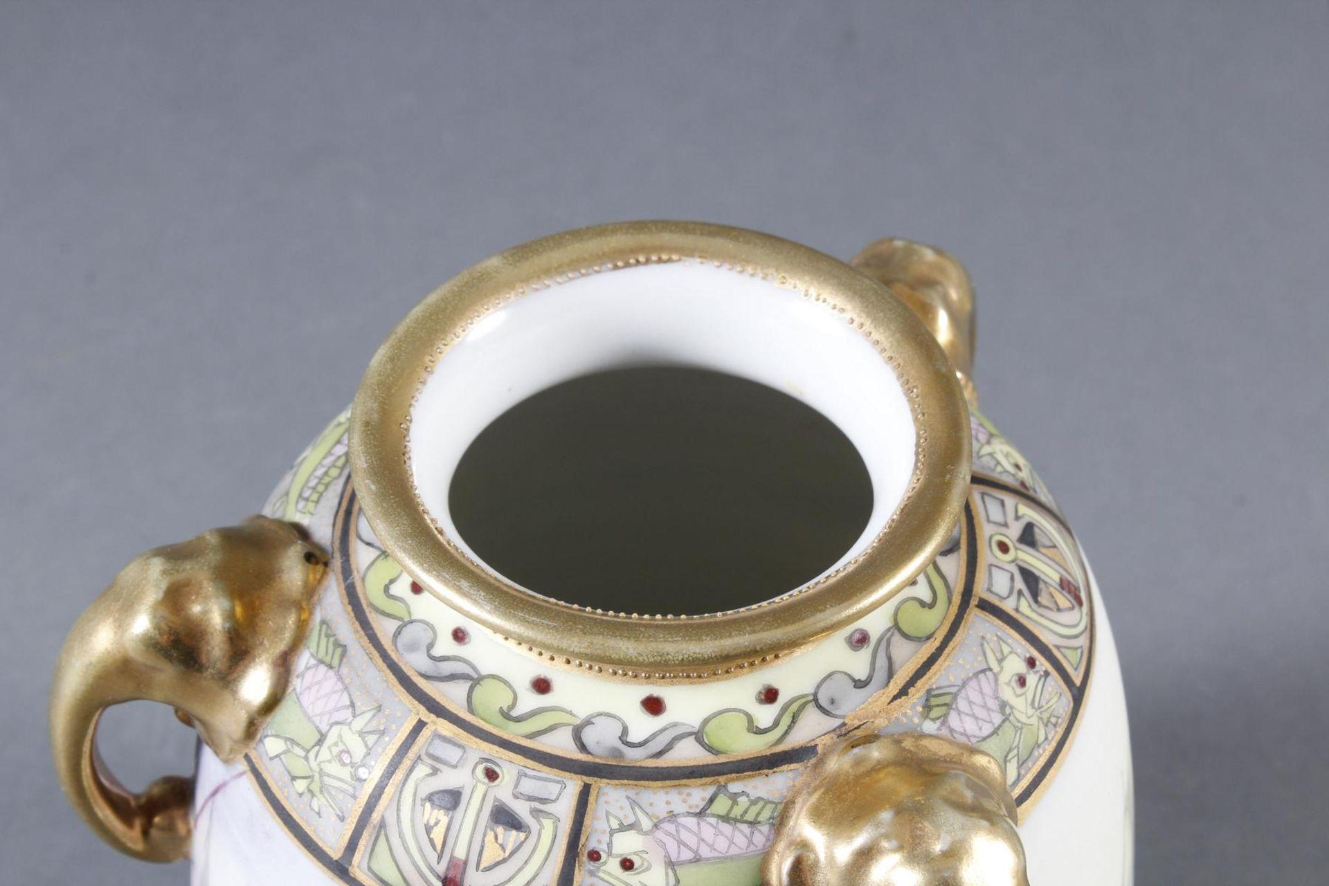Dreihenkel-Porzellanvase, Nippon Porzellan um 1910 - Bild 7 aus 9
