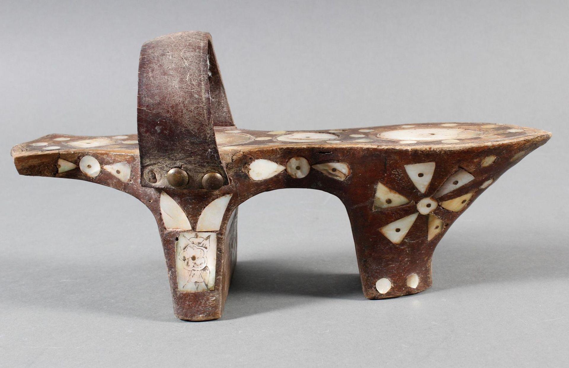 Stelzenschuh-Paar, China, 18. / 19. Jahrhundert - Bild 6 aus 15