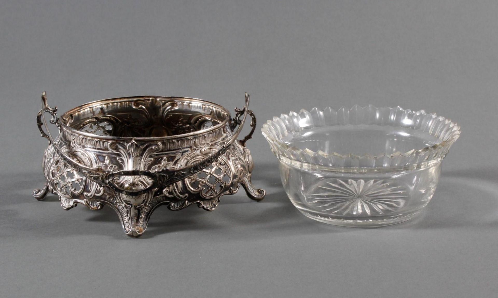 Silbernes Gebäckschälchen mit Glaseinsatz und Gravur - Bild 3 aus 11