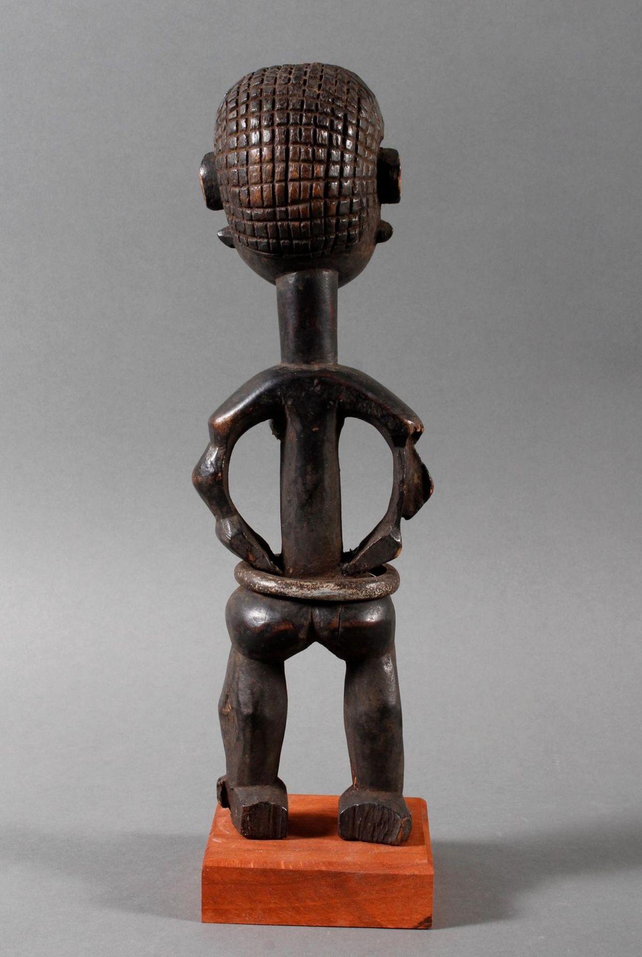 Seltene weibliche Ahnenskulpur der Azande, DR Kongo - Bild 3 aus 6