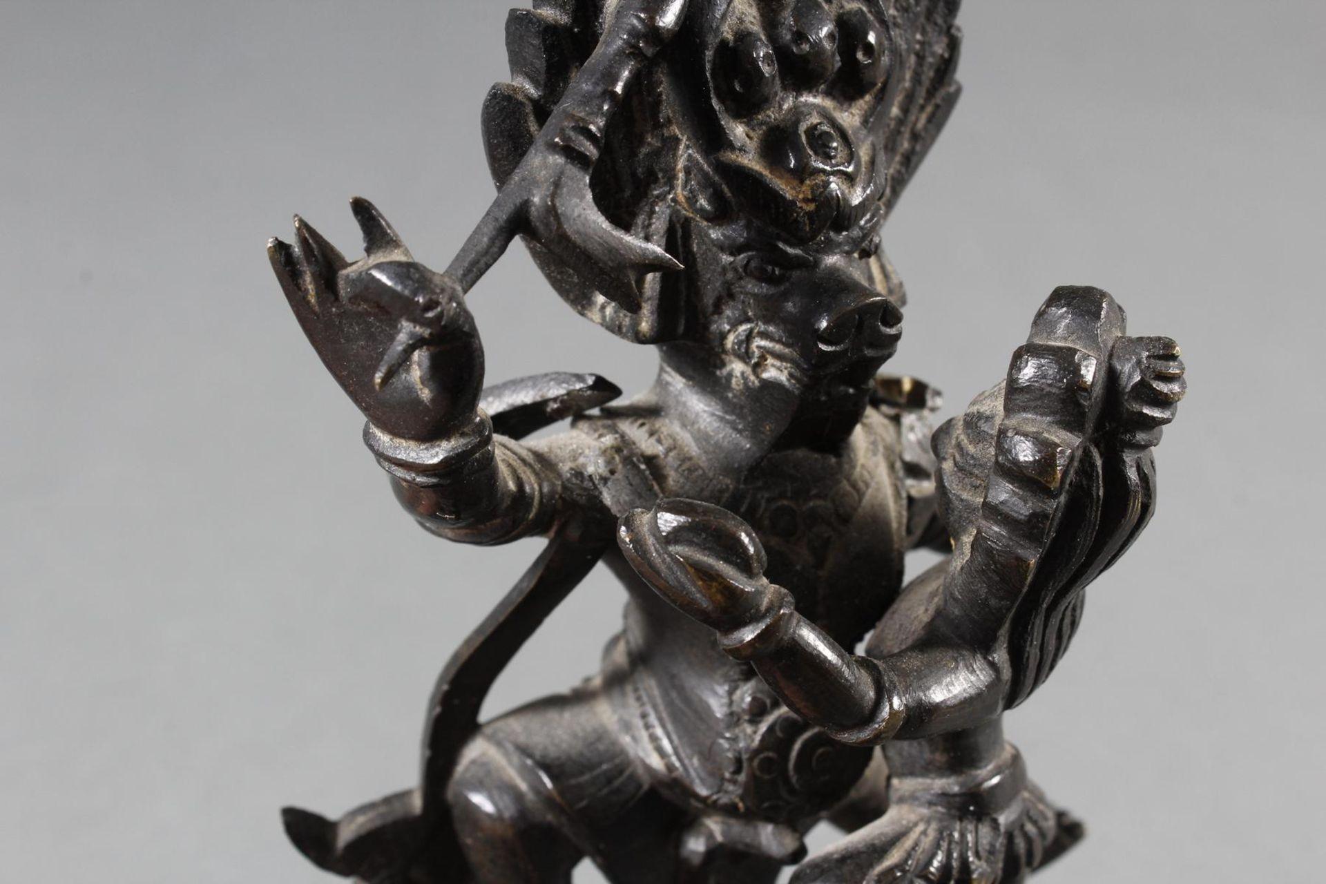Bronzeskulptur Mahakala, Tibetanische Gottheit, 18./19. Jahrhundert - Bild 5 aus 7
