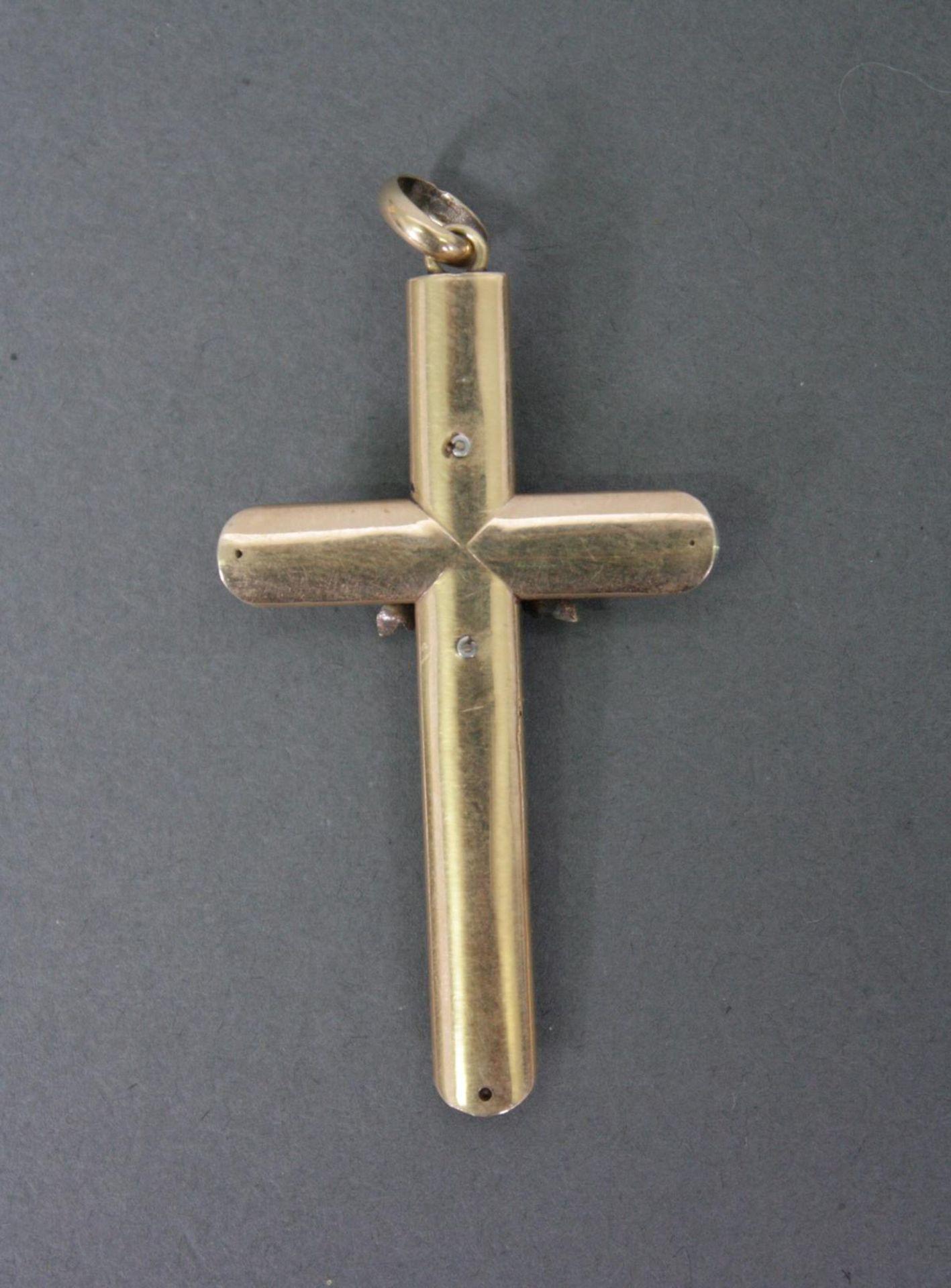 Kreuz-Anhänger aus 14 Karat Gelbgold, 1. Hälfte 20. Jh. - Bild 2 aus 2
