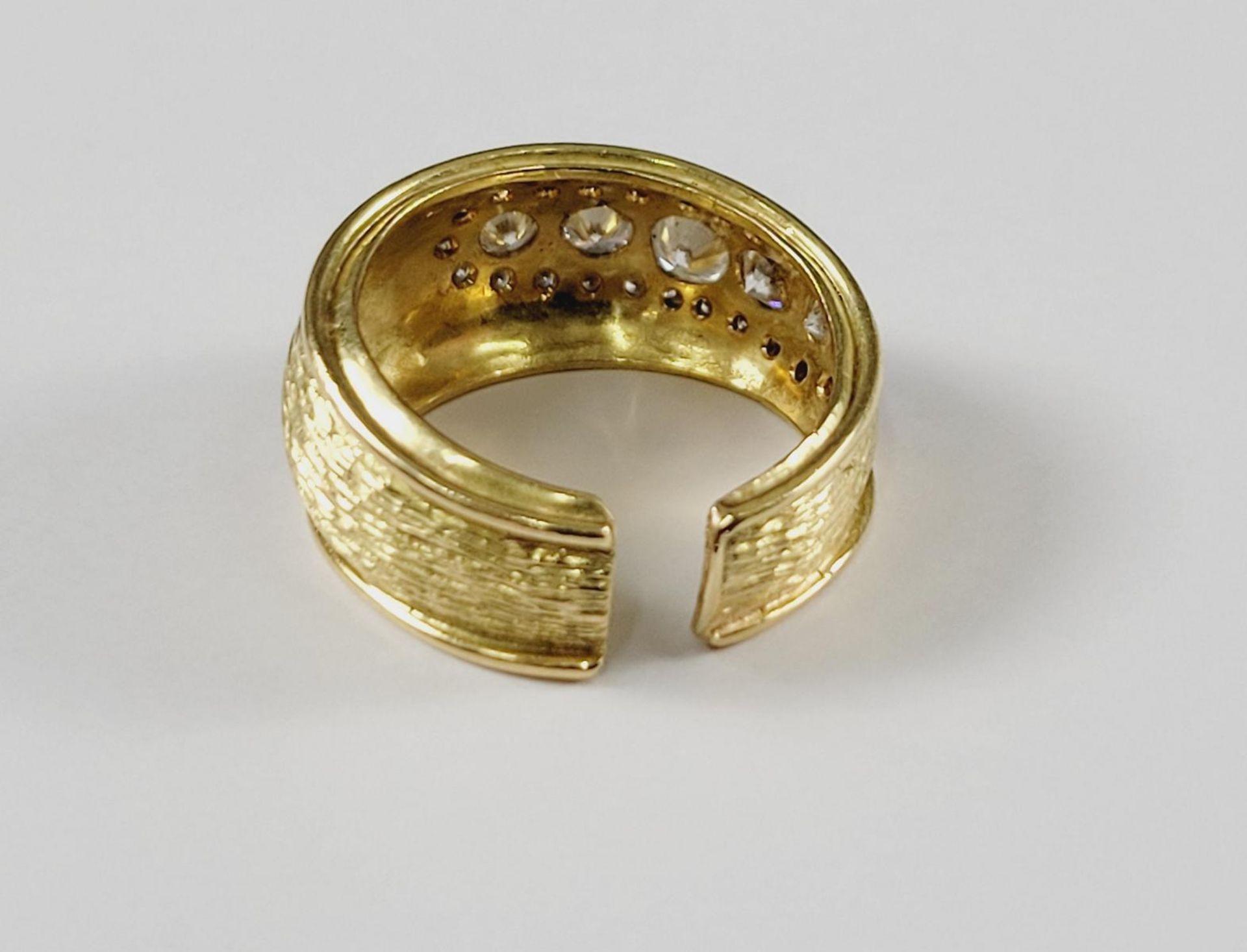 Damenring mit Diamanten, 18 Karat Gelbgold - Bild 2 aus 2