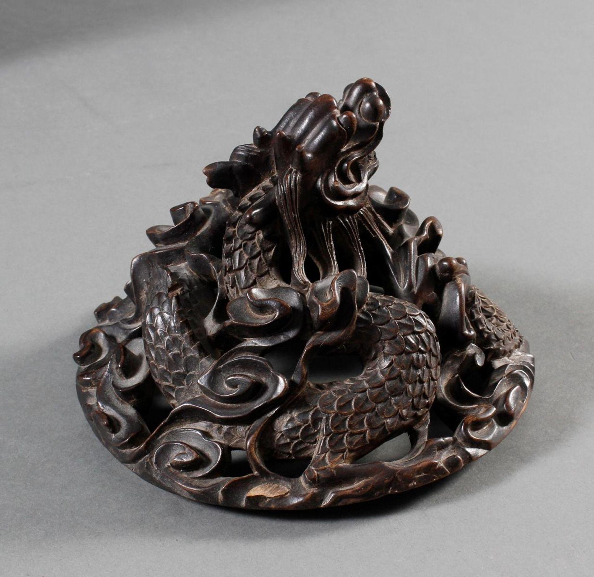 Pinselbecher mit Deckel, China ,Qing Zeit 18. / 19. Jahrhundert - Bild 8 aus 15