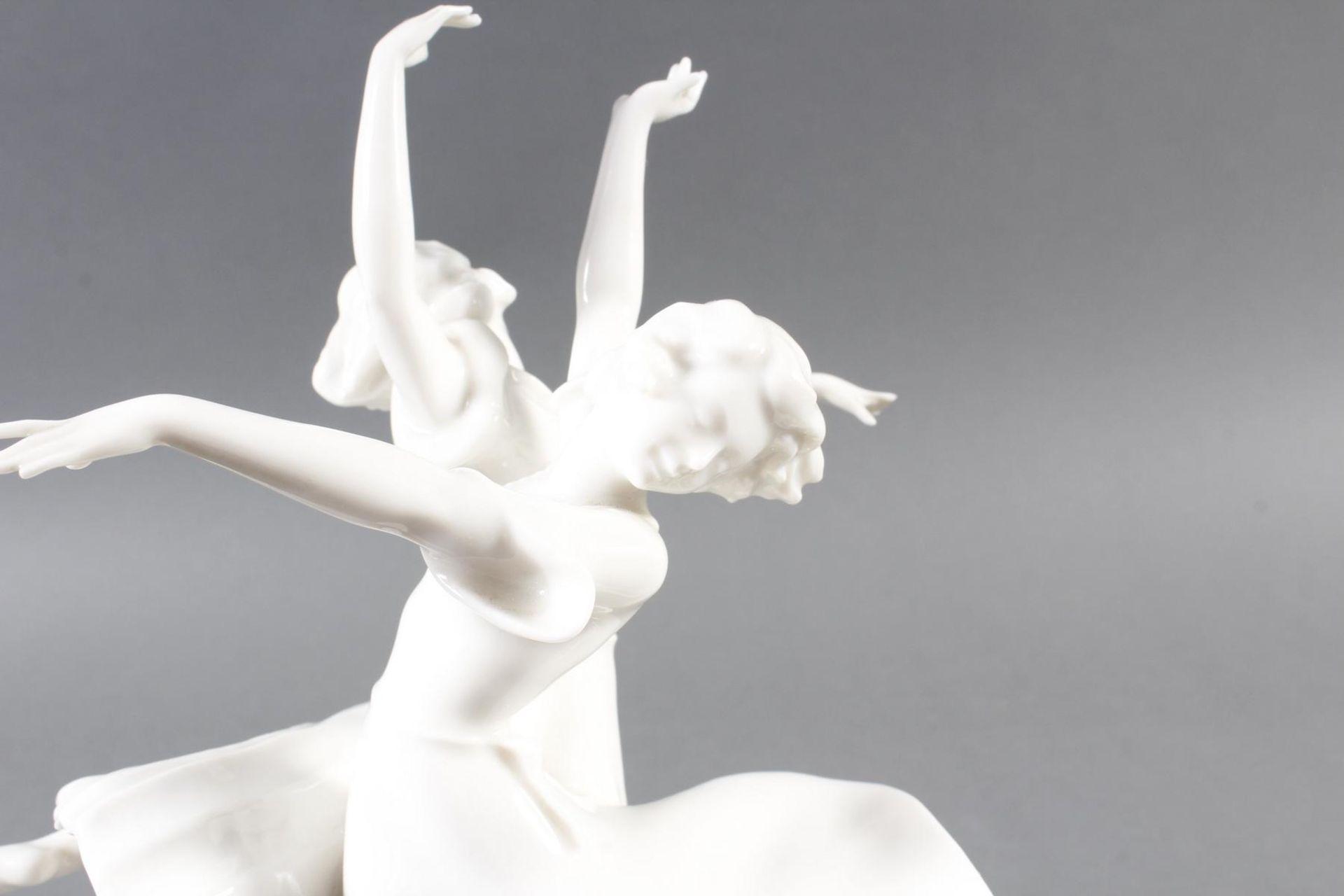 Hutschenreuther Porzellanskulptur Kunstabteilung, Reigen - Bild 4 aus 7