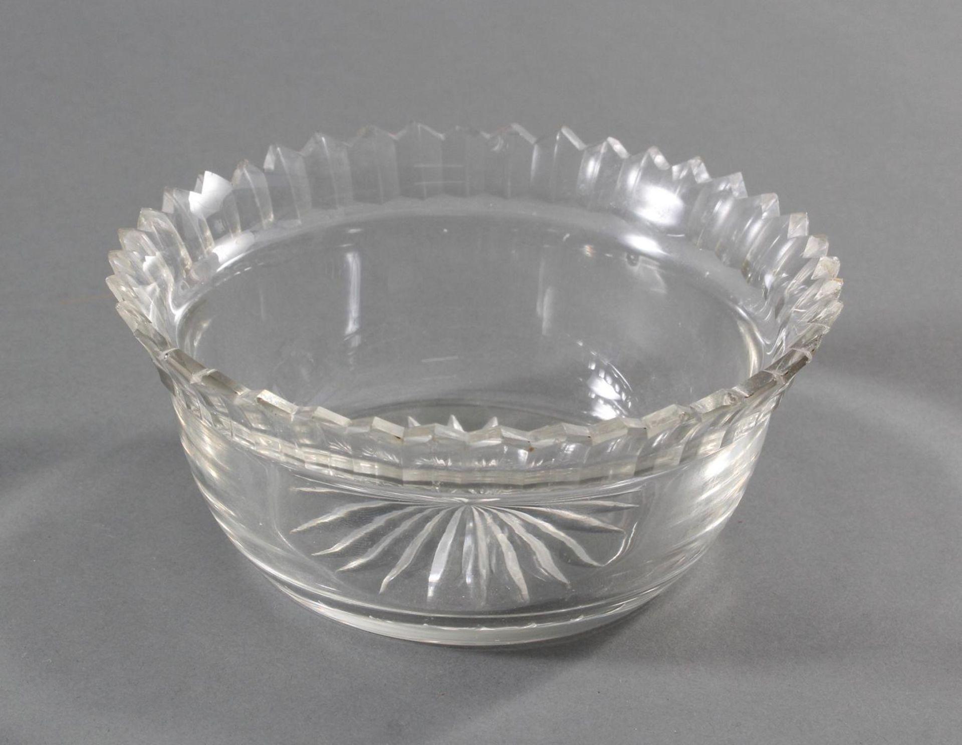Silbernes Gebäckschälchen mit Glaseinsatz und Gravur - Bild 10 aus 11