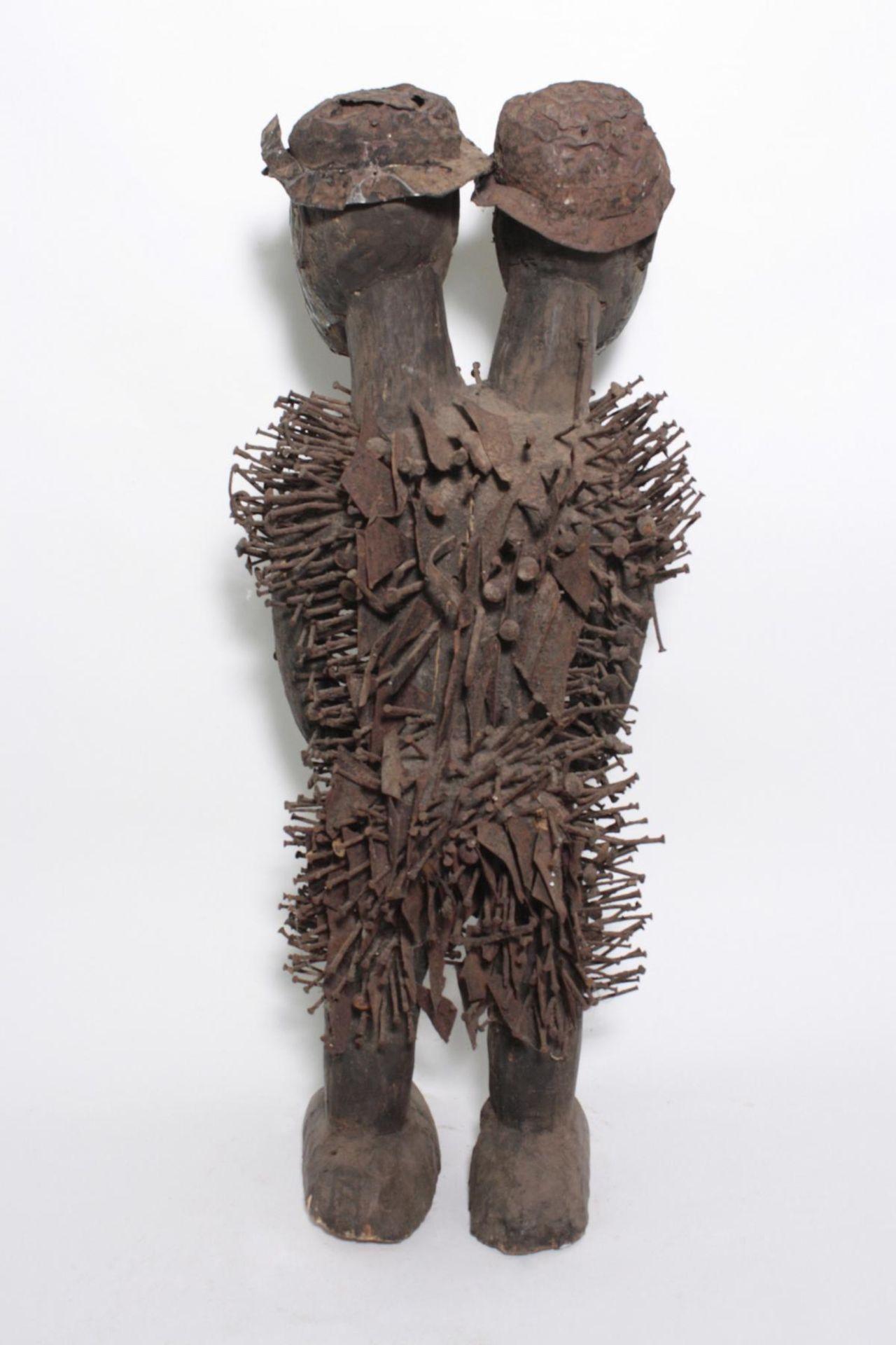Doppelkopf-Nagelfetisch-Ritual Figur. Kongo-Yombe, Nkisi Nkondi, 1. Hälfte 20. Jh. - Bild 7 aus 9