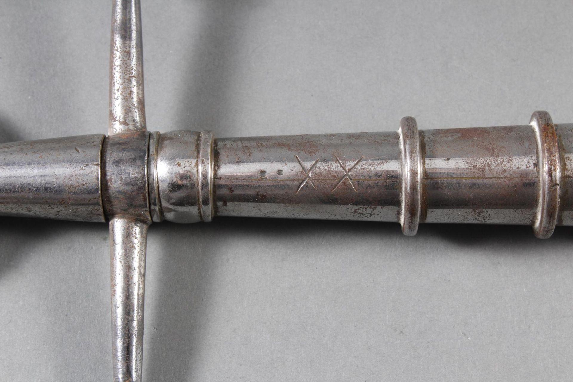 Eisen Lanzenspitze, sogenannte Saufeder, wohl deutsch 18. Jahrhundert - Bild 3 aus 4
