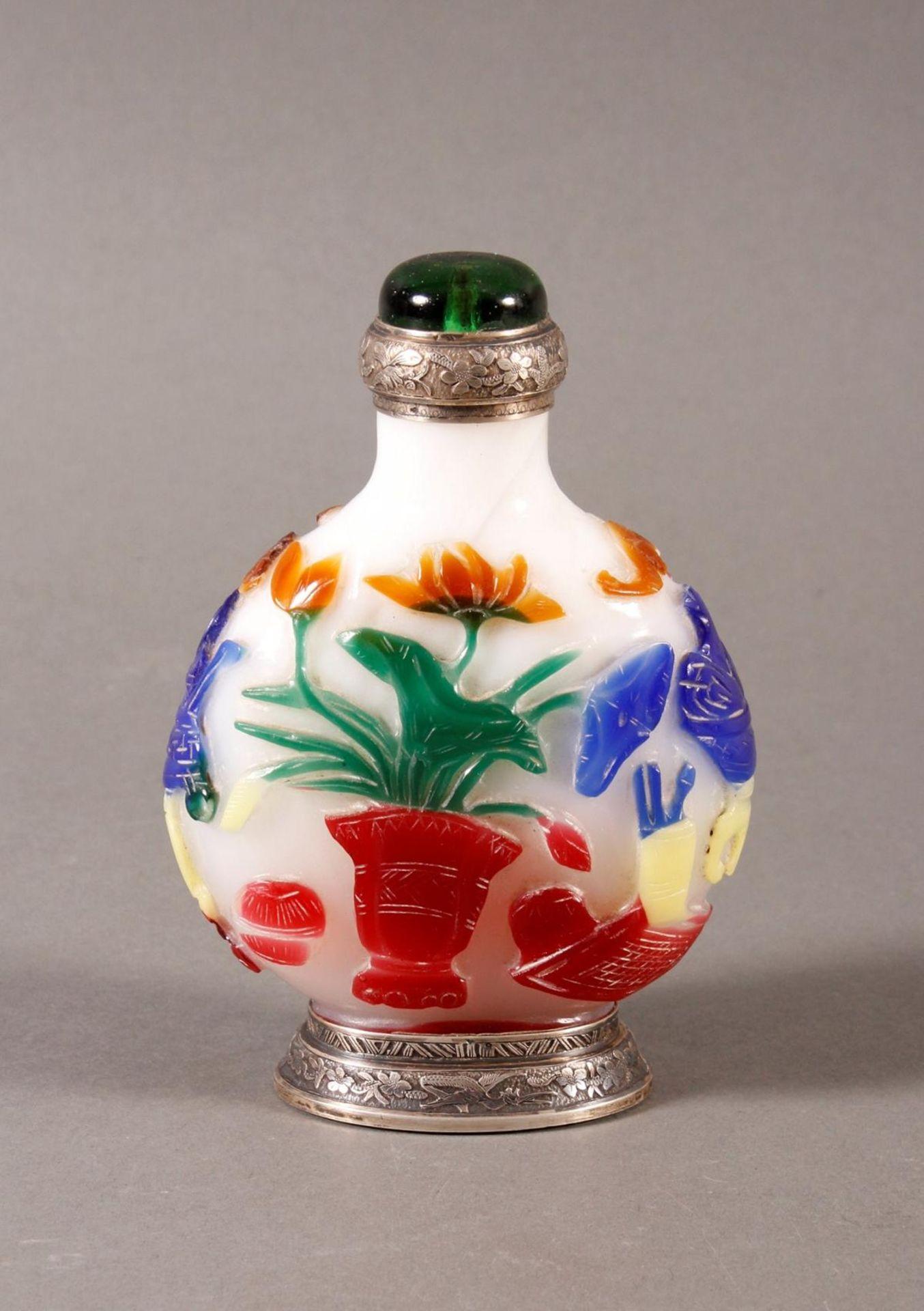 Snuff bottle, Überfangglas mit Silbermontur, China Anfang 20. Jahrhundert - Bild 3 aus 12
