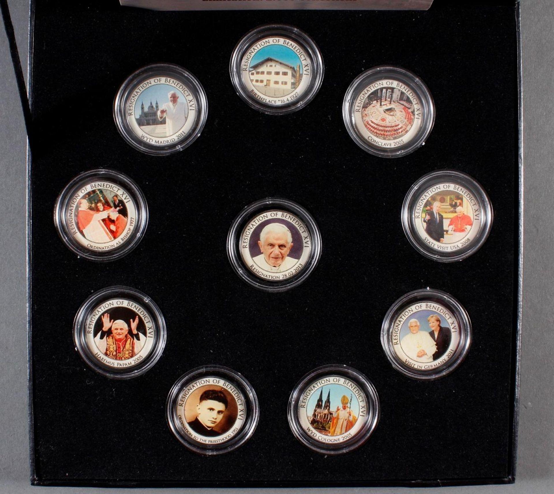 2 Sets kolorierte Münzen; Thema Religion - Bild 2 aus 3