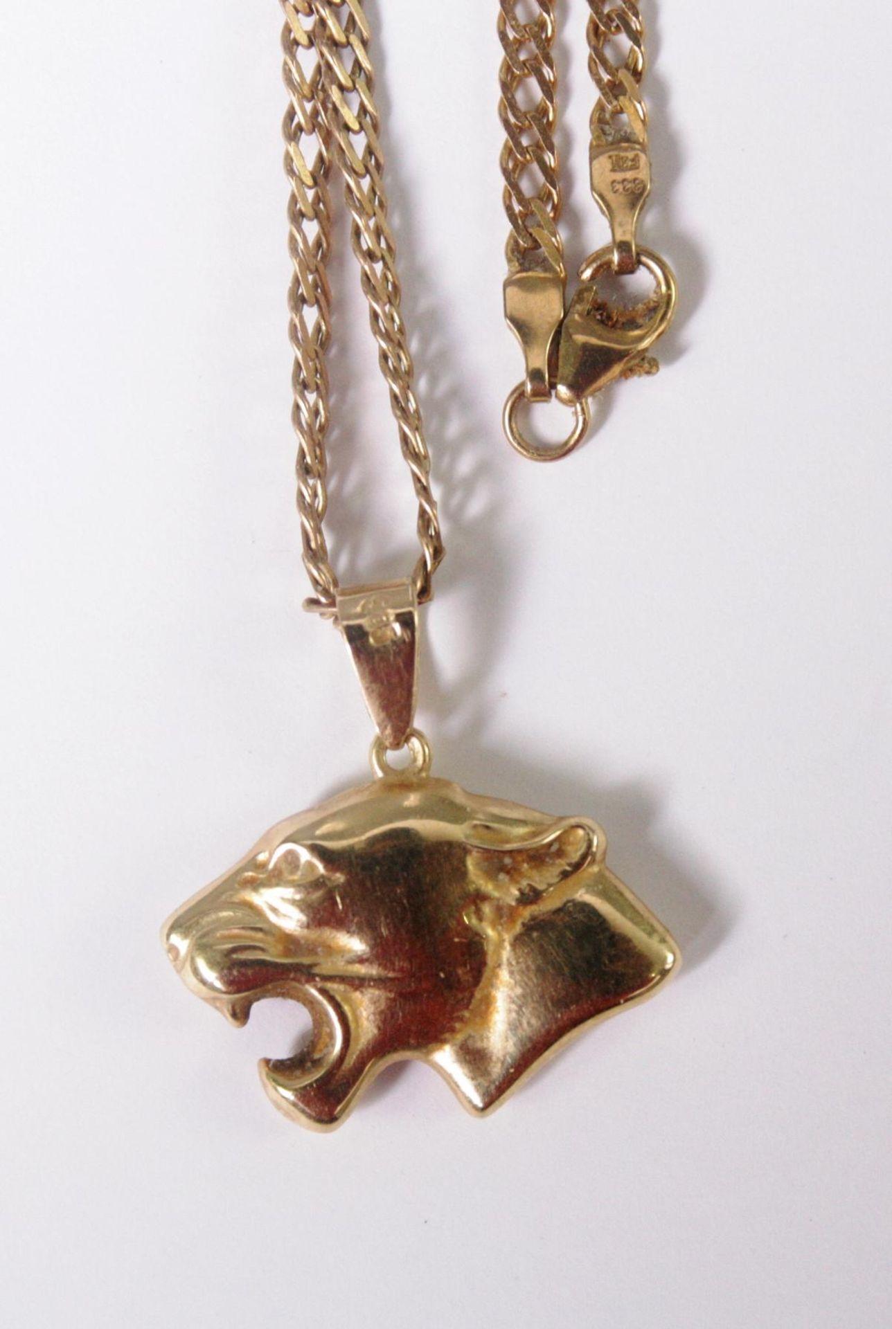 Halskette aus 8 Karat Gelbgold mit Tigeranhänger aus 14 Karat Gelbgold - Bild 3 aus 3