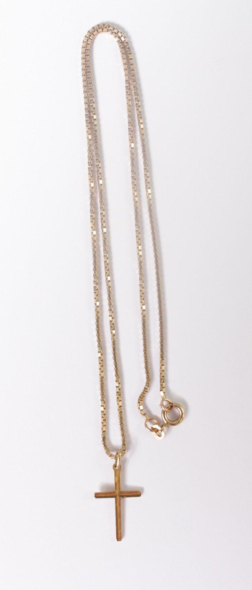 Halskette mit Kreuzanhänger 14 Karat Gelbgold - Bild 2 aus 2