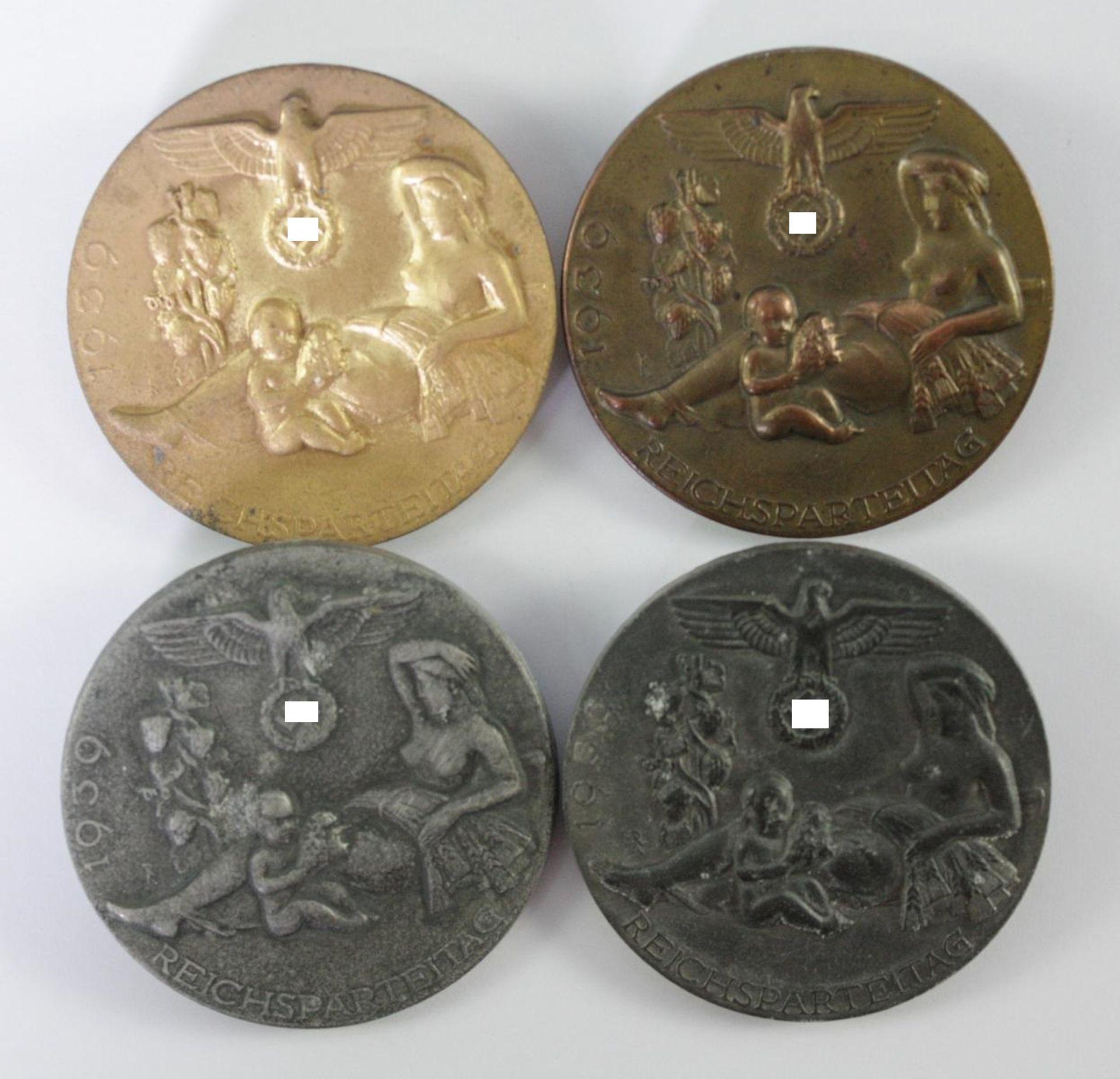 4 Abzeichen Reichsparteitag 1939 Nürnberg