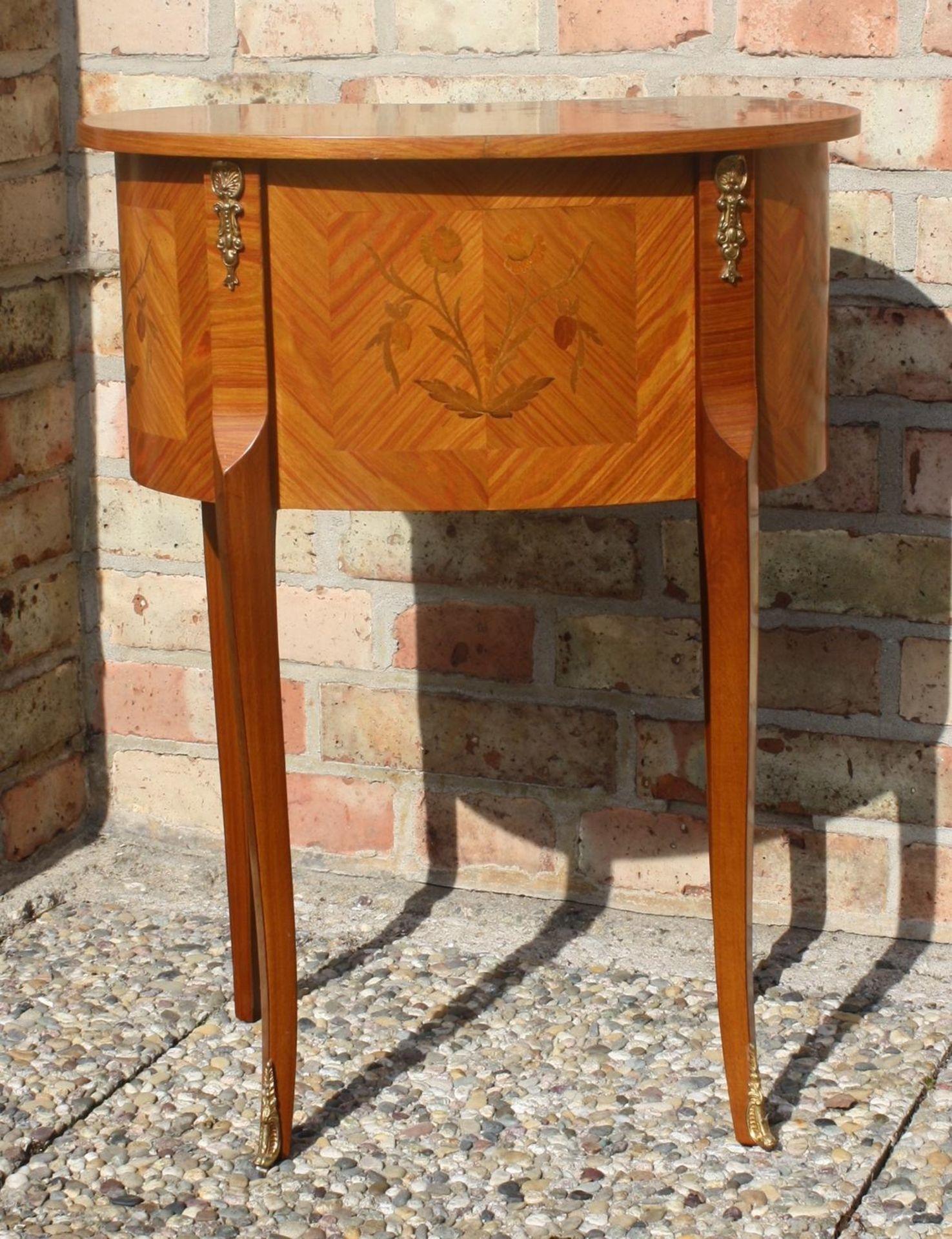 Kleine Kommode im Barock-Stil, 20. Jahrhundert - Bild 5 aus 6