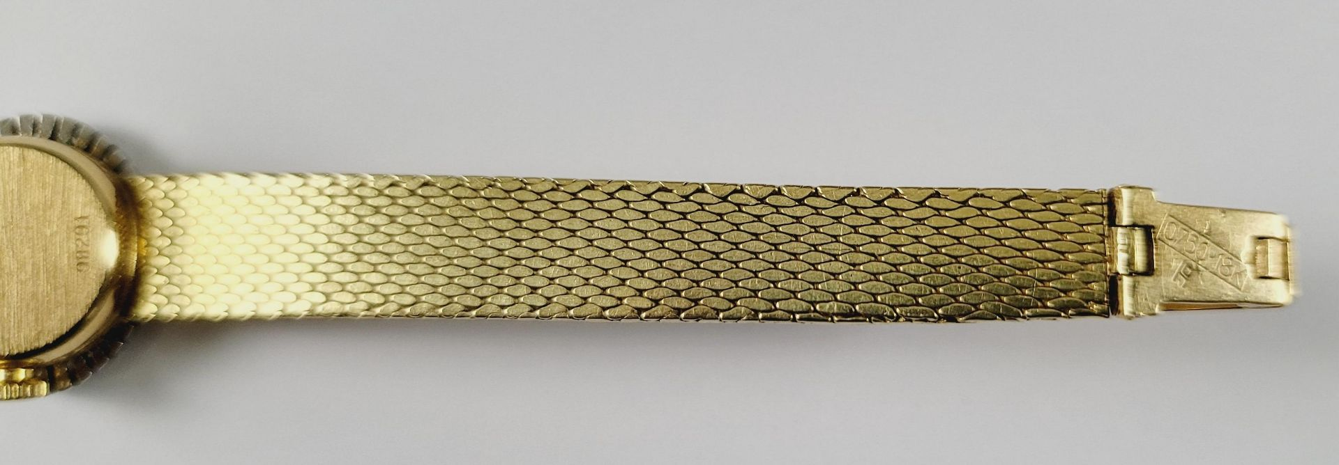 Damenarmbanduhr mit Diamanten, 18 Karat Gelbgold - Bild 4 aus 4