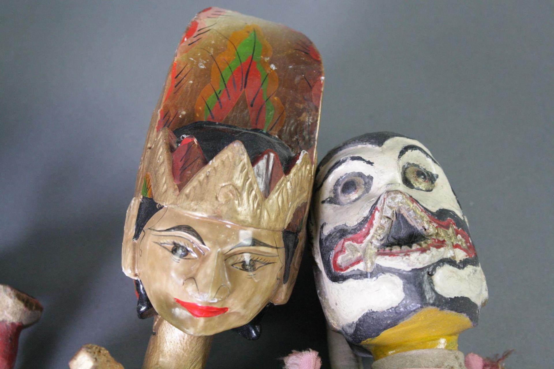 Konvolut indonesische Stabpuppen, Wayang-Golek - Bild 4 aus 6