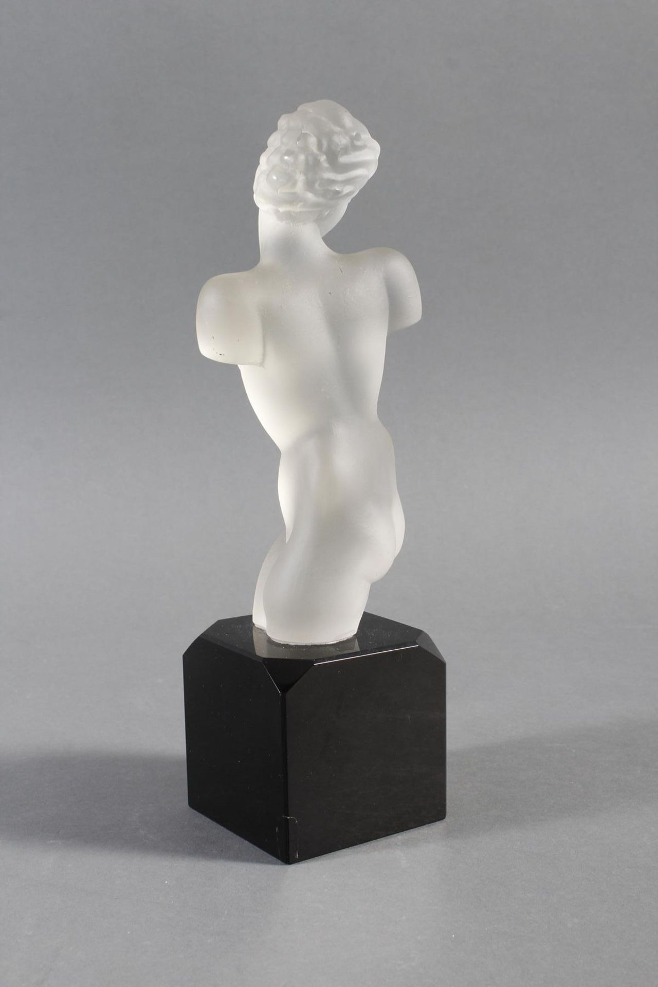 Glasskulptur, Frauenakt auf Sockel, Böhmen um 1950 - Bild 5 aus 10