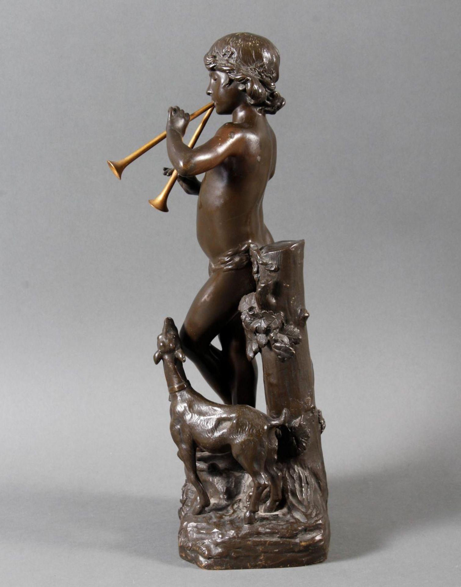 """Jugendstil Bronze """"Idylle"""" Frankreich um 1900 .Akt eines Flötenspielenden Hirtenjungen mit Ziege - Bild 4 aus 7"""