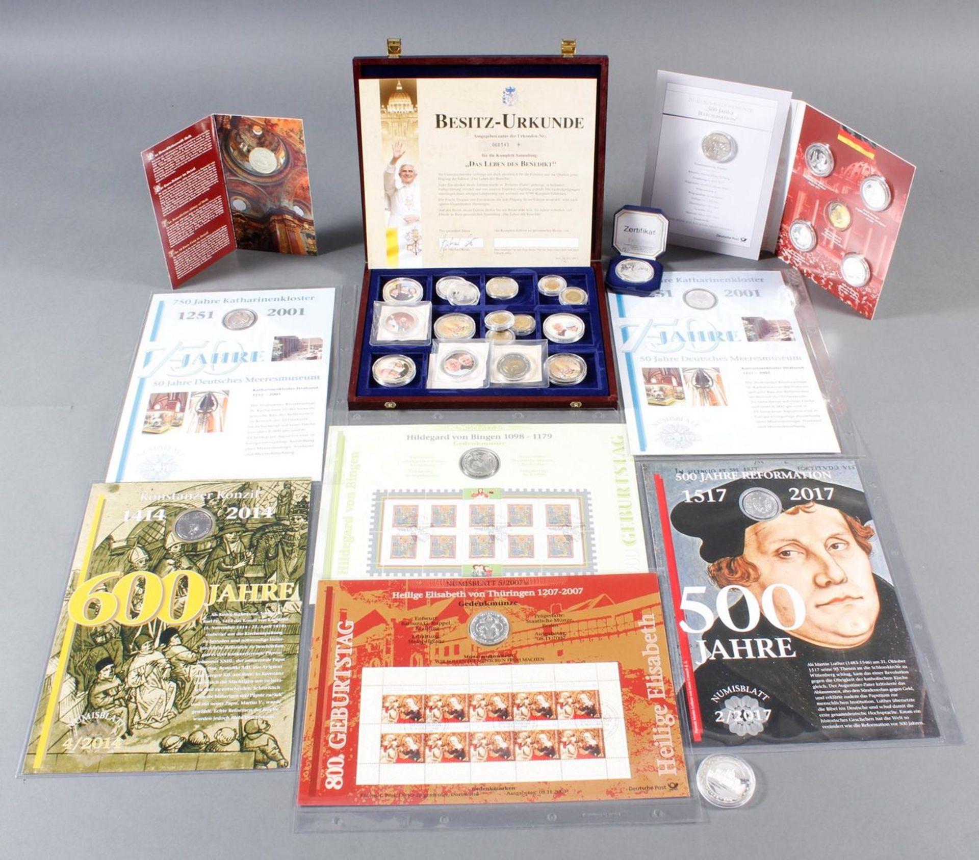 Münzsammlung Thema Vatikan / Kirche; inkl. Euro-Münzen
