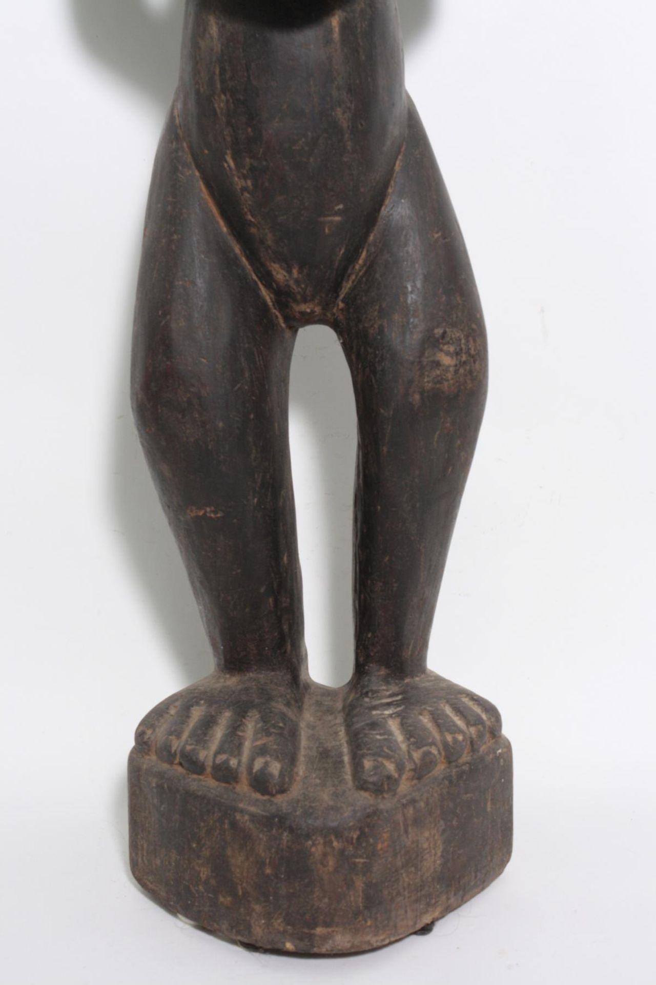 "Große Figur, wohl ""Eshu"", Yoruba, Nigeria , 1. Hälfte 20. Jh. - Bild 4 aus 11"