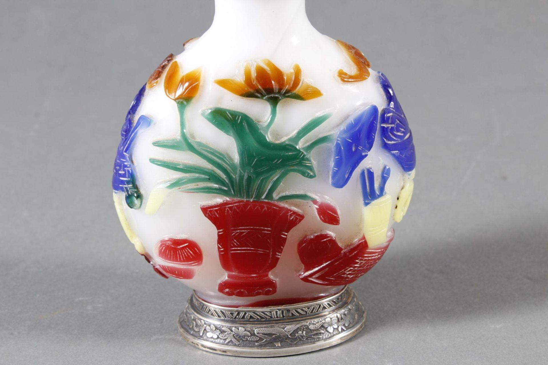 Snuff bottle, Überfangglas mit Silbermontur, China Anfang 20. Jahrhundert - Bild 5 aus 12