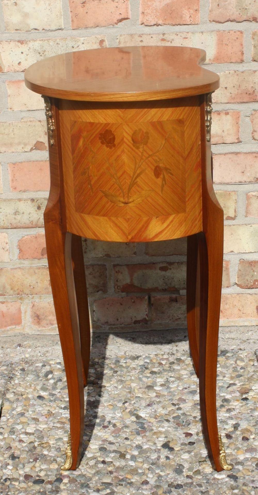 Kleine Kommode im Barock-Stil, 20. Jahrhundert - Bild 4 aus 6