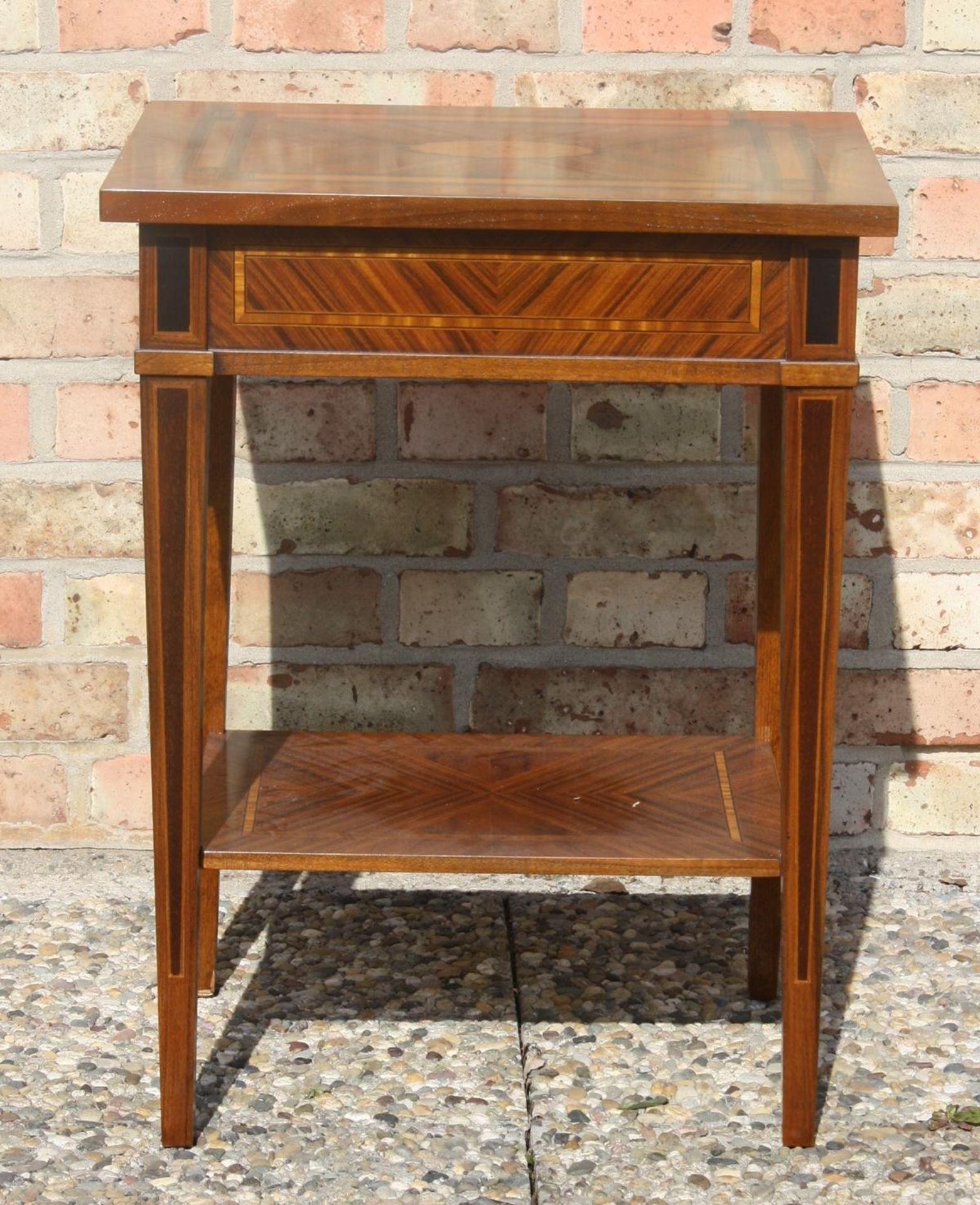 Elegantes Beistelltischchen Biedermeier-Stil, 20. Jahrhundert - Bild 3 aus 3