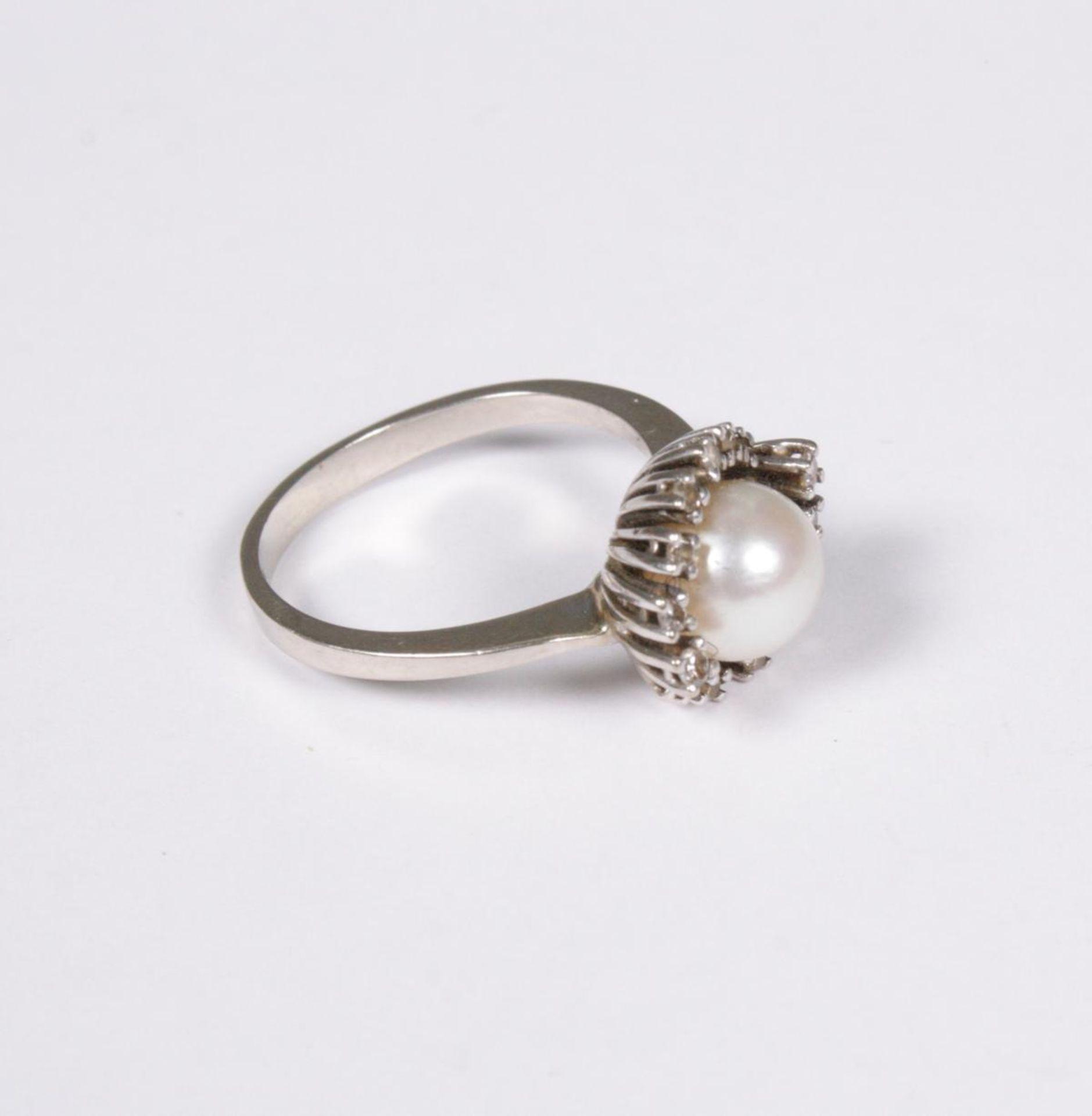 Damenring mit Diamanten und Perle, 14 Karat Weißgold - Image 2 of 3