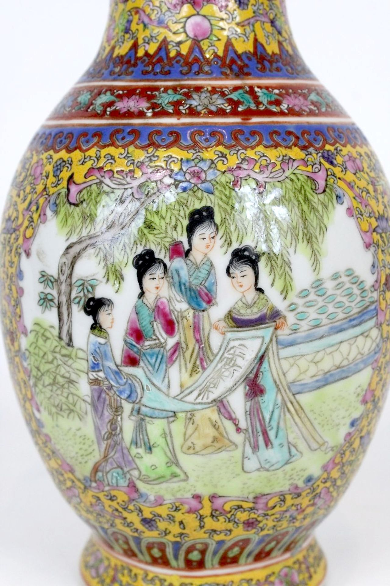 China Famille Jaune Millefleures Vase - Image 8 of 14