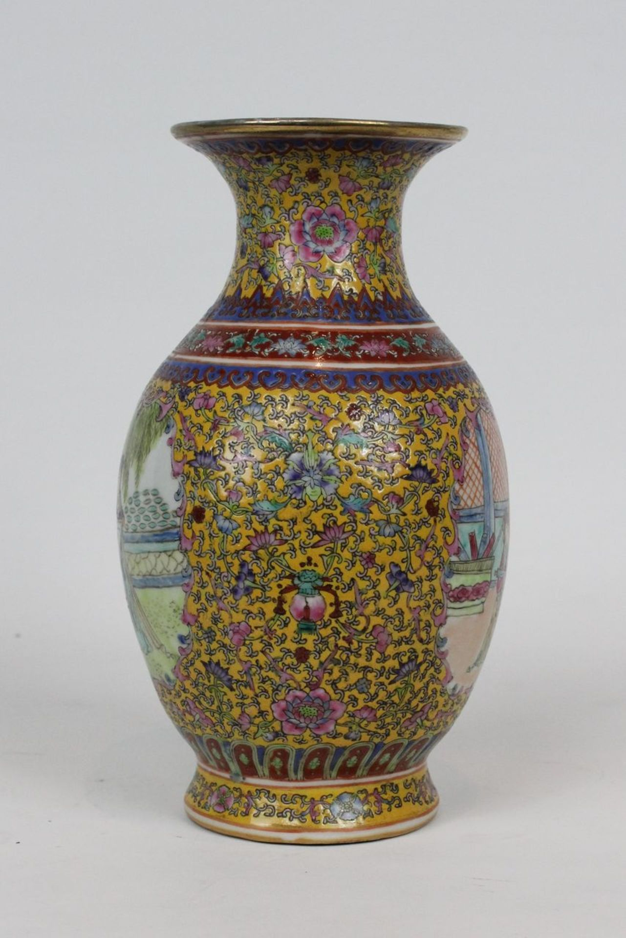 China Famille Jaune Millefleures Vase - Image 11 of 14