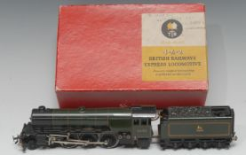 A Trix Twin 3-rail No.1/540 4-6-2 'Scotsman' A3 Class locomotive and tender, BR green livery, No.