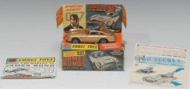 Corgi Toys, Film and TV-related model, 261 James Bond's Aston Martin D.B.5. from the James Bond film