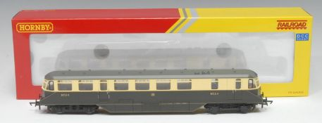 Hornby OO Gauge R3669 GWR AEC diesel railcar (DCC ready), GWR chocolate and cream livery, No.24,