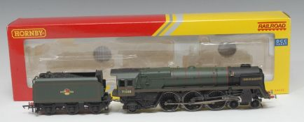Hornby OO Gauge R3168 BR 4-6-2 Class 8 'Duke of Gloucester' locomotive and six wheel tender (DCC