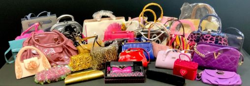 Lady's Fashion - over 110 lady's handbags including clutch bags, evening bags, tote and hobo