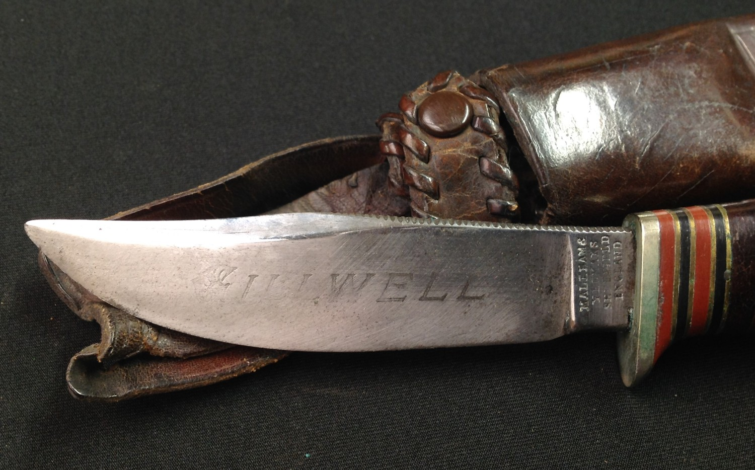 Survival / Hunting / Scouting Knife with 99mm long Bowie style blade with etched retailers name to - Image 5 of 8