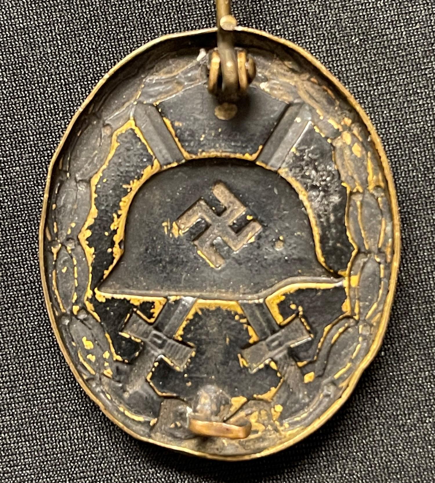 WW2 Third Reich Verwundetenabzeichen im Schwarz 1939 Wound Badge in Black 1939. Early example in - Image 2 of 4