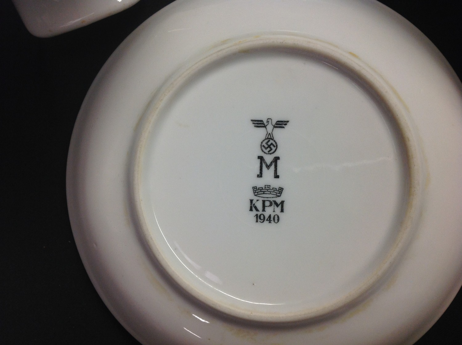 WW2 Third Reich Luftwaffe, Kreigsmarine and DAF dinnerware, eight items, plus two items of - Image 5 of 10