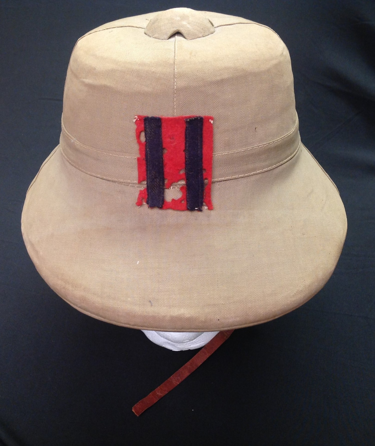 WW2 British Royal Engineers Solar Topee Pith Helmet. Size 7. Complete with original badge to - Image 2 of 8