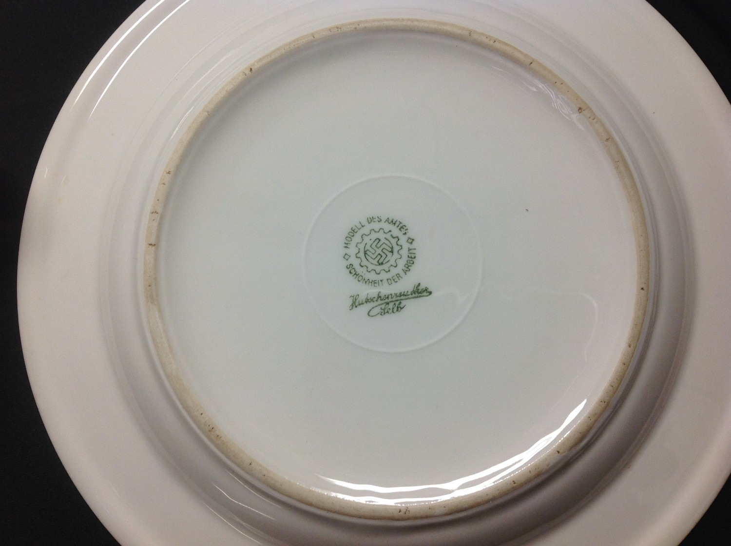 WW2 Third Reich Luftwaffe, Kreigsmarine and DAF dinnerware, eight items, plus two items of - Image 9 of 10
