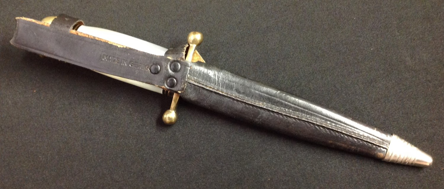 """Hunting knife with double edged blade 153mm in length, ricasso is maker marked """"Linder Messer, - Image 2 of 5"""