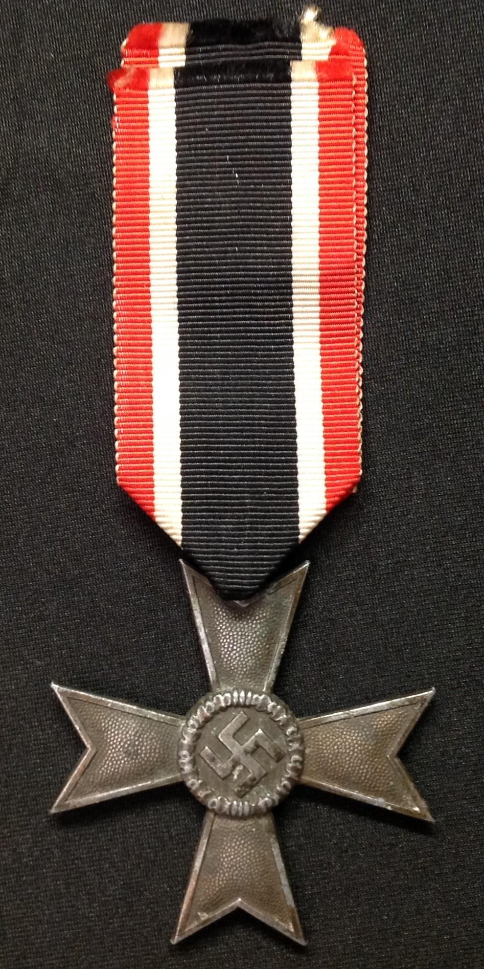 WW2 Third Reich Kriegsverdienstkreuz ohne Schwerten II klasse. War Merit Cross without Swords 2nd