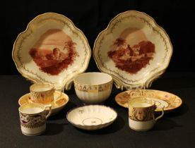 A pair of Derby shell-shaped dessert dishes, painted en iron red camaïeu with Picturesque and