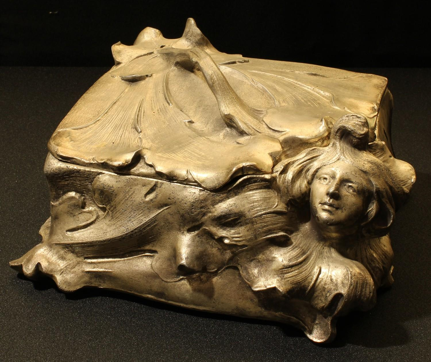 A late 19th century Art Nouveau spelter jewellery casket, after Alfred Jean Foretay, cast with the