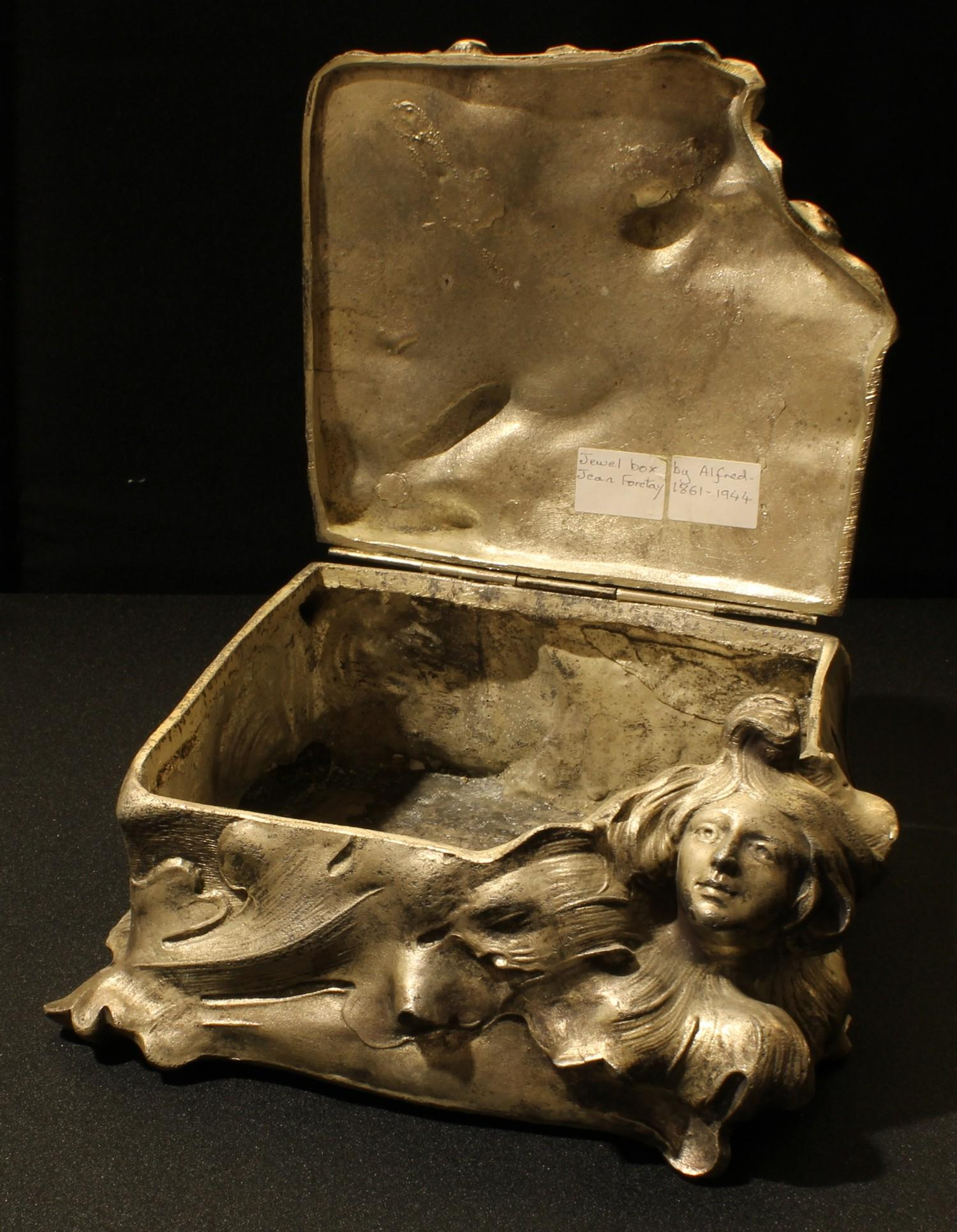 A late 19th century Art Nouveau spelter jewellery casket, after Alfred Jean Foretay, cast with the - Image 2 of 2