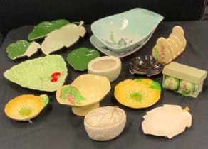 Carltonware - a mid 20th century Foxglove pattern four division toast rack, Sunflower sauce bowl,