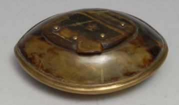 A 19th century horn navette shaped snuff box, hinged cover, brass mount, 9.5cm wide
