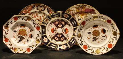 A Royal Crown Derby 2451 pattern sandwich plate, other Royal Crown Derby plates, Olde Avesbury, 383,