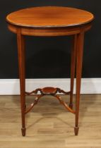 An Edwardian satinwood crossbanded mahogany centre table, circular top above a conforming undertier,